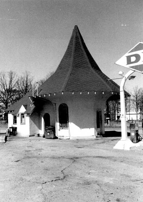 Historic photo of Roundtop Filling Station